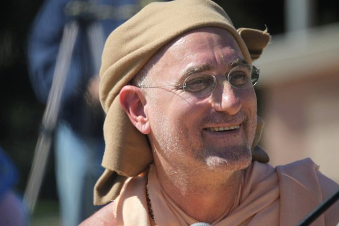 She Can't Become Guru by Bhakti Vidya Purna Swami