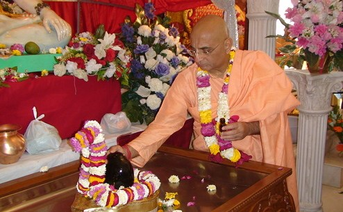 Bhakti Caru Swami's Young Single Female Secretary? What?